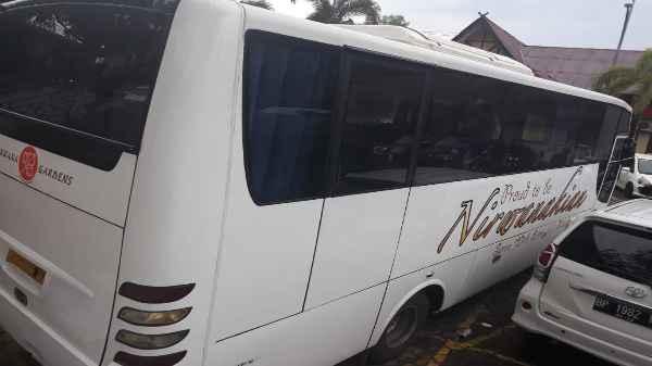 Bus Nirwana Garden