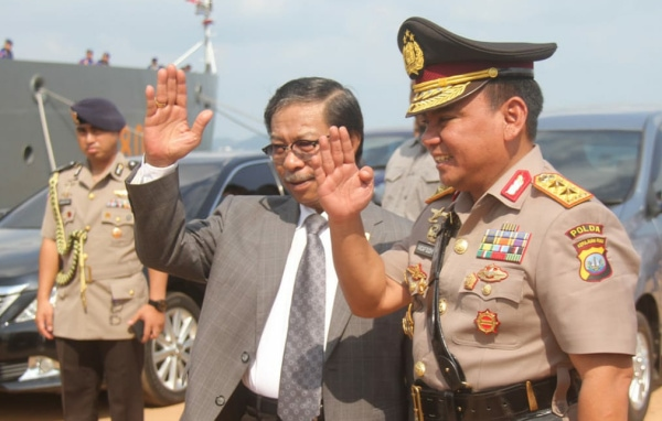 Ketua DPRD Kepri Ikut Tabur Bunga. Foto: Ist